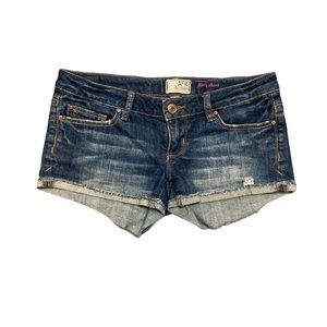 Garage flirty denim shorts